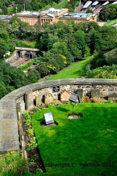 dog cemetery Edinburgh Castle