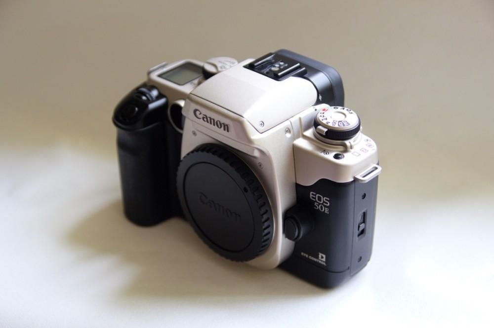 Canon EOS 50E