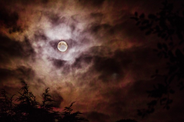 Red Sky at Night full moon