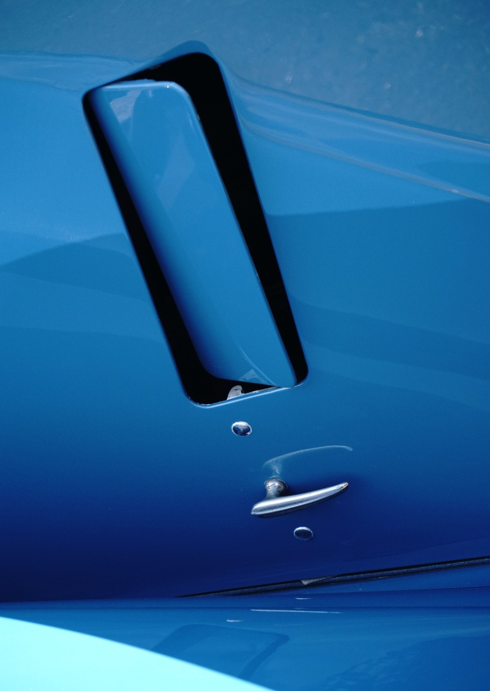 Rolls Royce Wraith engine vent