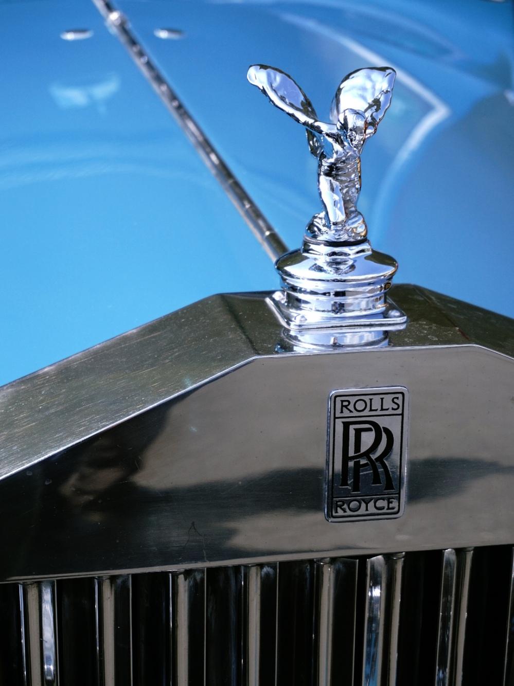 Rolls Royce Wraith silver lady