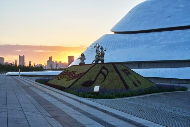 Sculpture outside the Harbin Grand Theatre